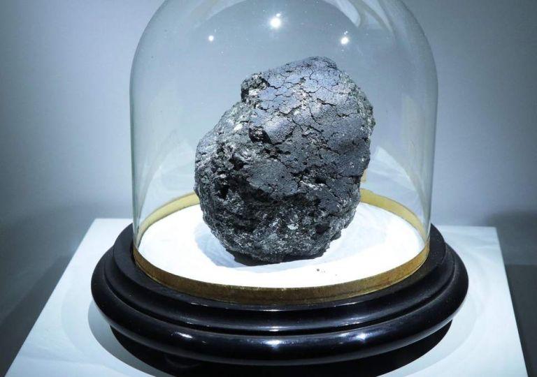 Πανάρχαιος μετεωρίτης περιέχει στοιχεία για την ύπαρξη της ζωής | tovima.gr