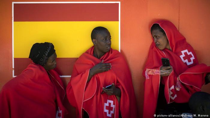 DW: Συμφωνία Γερμανίας-Ισπανίας για επαναπροωθήσεις προσφύγων | tovima.gr