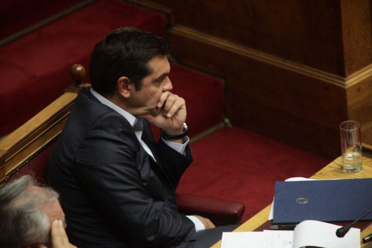 Αδύναμη κυβέρνηση σε αντίστροφη μέτρηση | tovima.gr