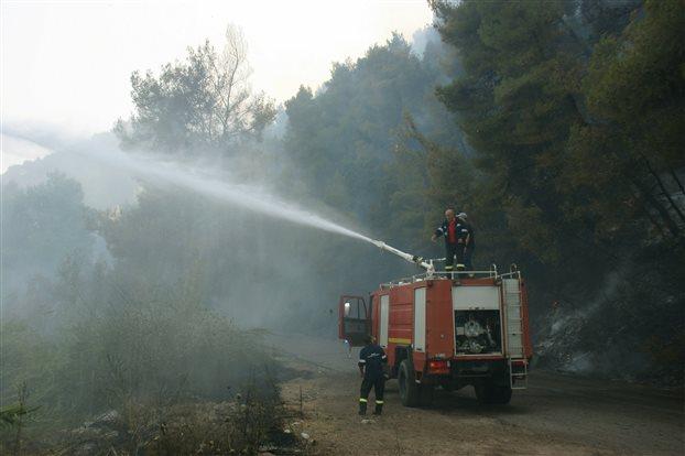 Πάτρα : Πυρκαγιά στο Ανω Καστρίτσι – δεν απειλεί κατοικημένη περιοχή | tovima.gr
