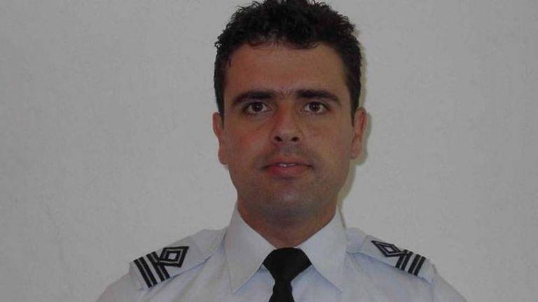 Νεκρός ο επισμηναγός Νικόλαος Βασιλείου κατά την πτώση αεροσκάφους της πολεμικής αεροπορίας | tovima.gr