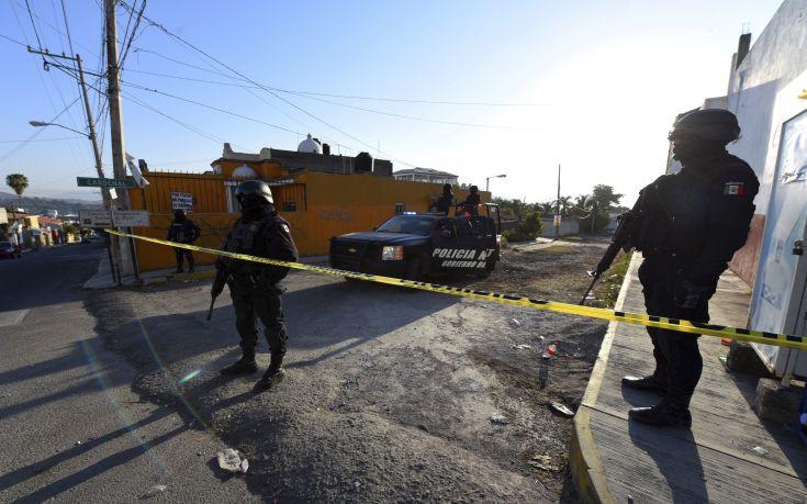 Μεξικό: Εντοπίστηκαν μυστικοί ομαδικοί τάφοι με 166 πτώματα | tovima.gr