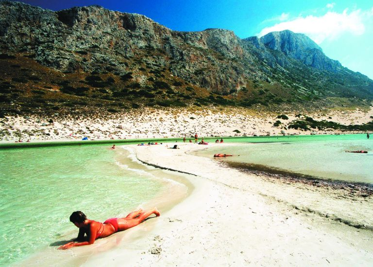 Διάκριση για το Nana Beach στην Κρήτη | tovima.gr