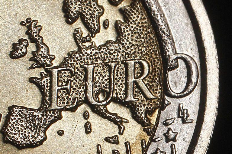 Bloomberg: Πιο φθηνή από τις εκτιμήσεις η διάσωση του ευρώ | tovima.gr