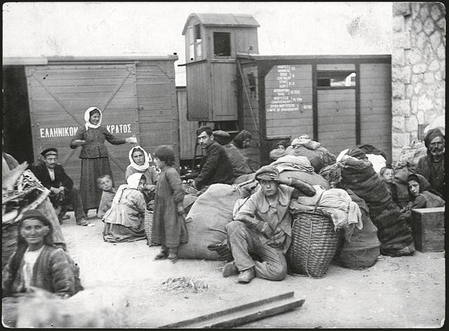 Οι άγνωστες μεταναστεύσεις προς την Ελλάδα πριν από το 1990 | tovima.gr
