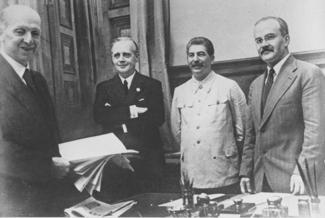 Ο Στάλιν ήξερε τα γερμανικά σχέδια και ήθελε την Ευρώπη σε πόλεμο | tovima.gr