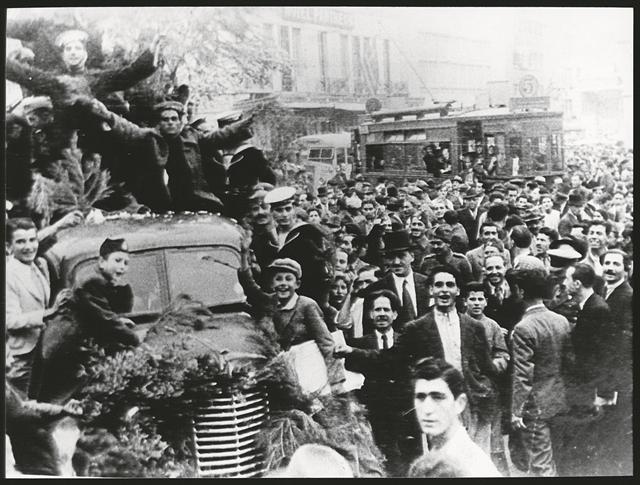 Η στιγμή του 1940 | tovima.gr