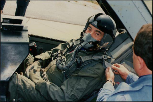 Η… διαφήμιση της Πολεμικής Αεροπορίας | tovima.gr