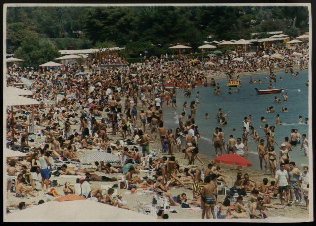 Διαγωνισμός εκμίσθωσης της Ακτής Βουλιαγμένης   tovima.gr