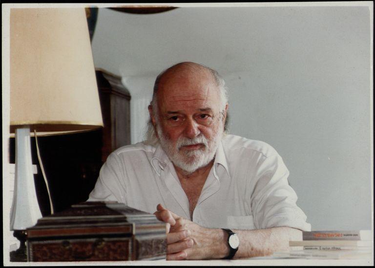 Επιστολή του ποιητή Νάνου Βαλαωρίτη στον Αντ. Σαμαρά για τη Χρυσή Αυγή | tovima.gr