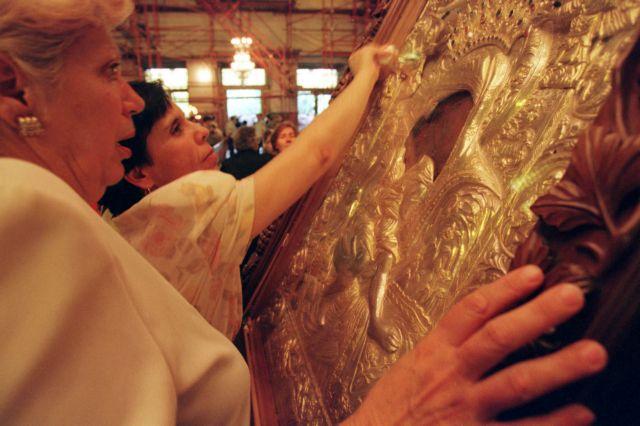 Στη Θεσσαλονίκη από το Αγιον Ορος η εικόνα της Παναγίας «Αξιον Εστί» | tovima.gr