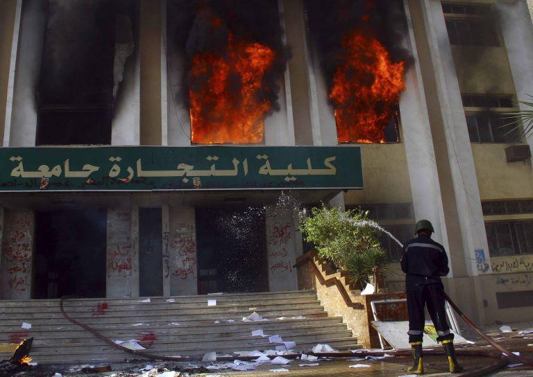 Αίγυπτος: Εκρηξη στο κτίριο υπηρεσιών πληροφοριών του στρατού   tovima.gr