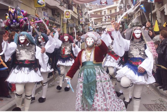 Τα γλέντια και τα έθιμα της Καθαράς Δευτέρας | tovima.gr