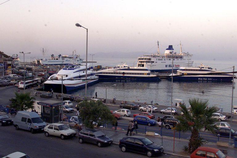 Ραφήνα: Επέστρεψε πλοίο λόγω μηχανικής βλάβης   tovima.gr