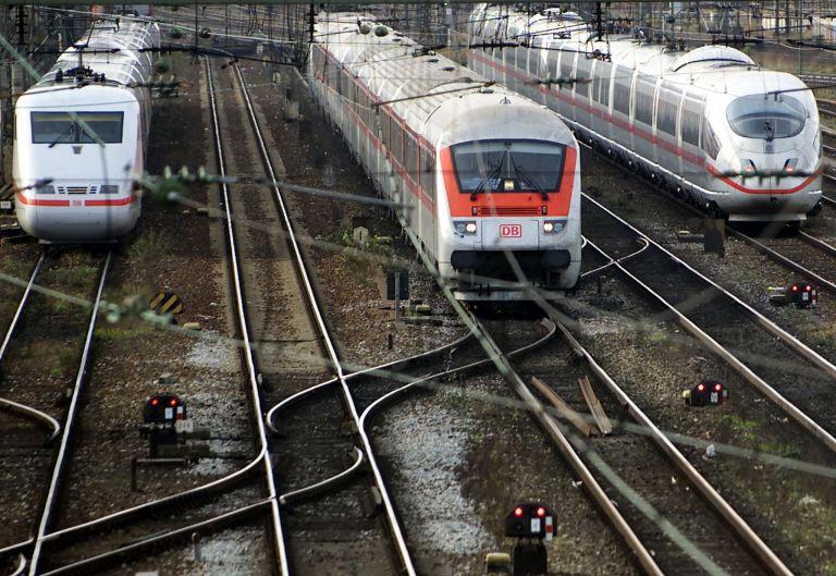 Μίζες έδιναν στην Ελλάδα οι γερμανικοί σιδηρόδρομοι   tovima.gr