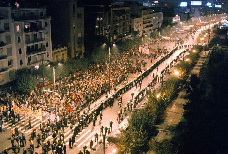 Σύμβολο για τη Δημοκρατία το Πολυτεχνείο | tovima.gr