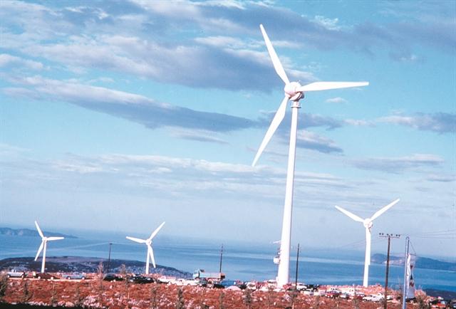 Ξένα funds επενδύουν στον ελληνικό ήλιο και άνεμο | tovima.gr
