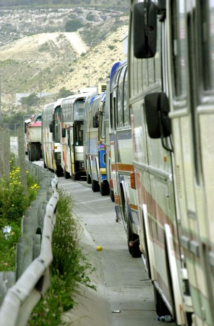 Κόρινθος: Οδηγός ΚΤΕΛ κατέβασε 10χρονο μαθητή για ένα ευρώ   tovima.gr