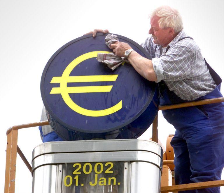 «Αν δεν ενισχυθεί ο ESM, το ευρώ θα καταρρεύσει» | tovima.gr