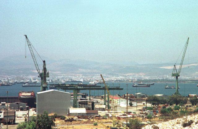 Διαγωνισμοί για την εκποίηση ακινήτων των Ναυπηγείων Σκαραμαγκά | tovima.gr
