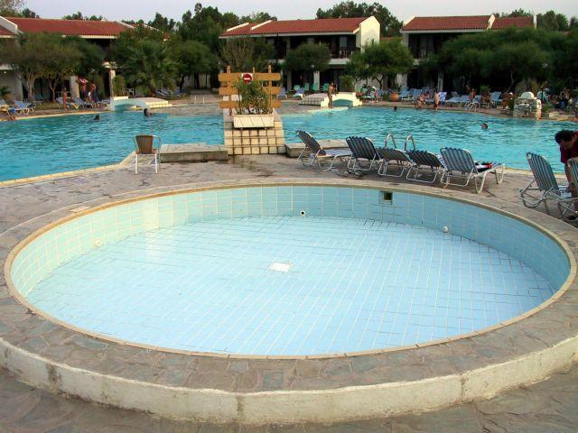 Πτώση στις απευθείας κρατήσεις των ξενοδοχείων το πρώτο τετράμηνο | tovima.gr