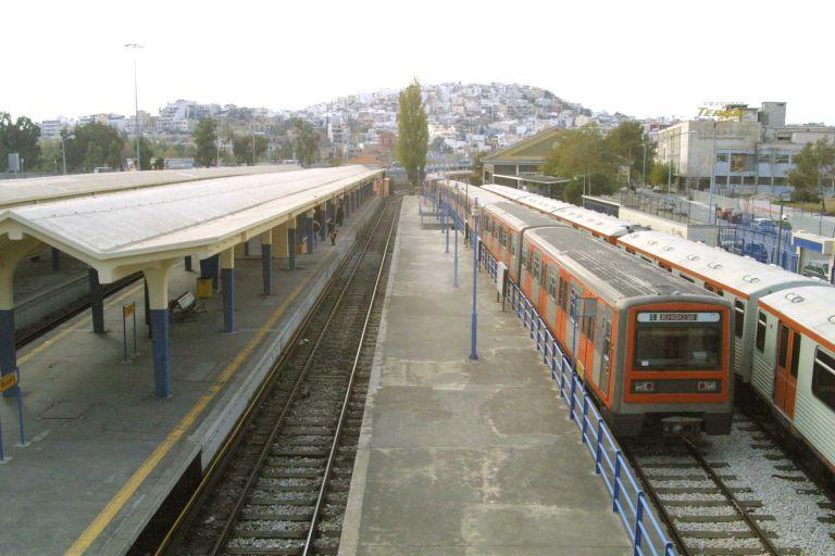 Διακοπές ηλεκτρικού σιδηροδρόμου στο τμήμα Φάληρο – Πειραιάς | tovima.gr