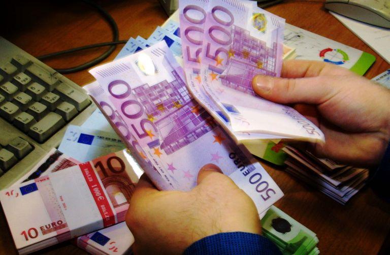 Πτώση 4,3% σημείωσε ο τζίρος στο λιανικό εμπόριο τον Ιανουάριο | tovima.gr
