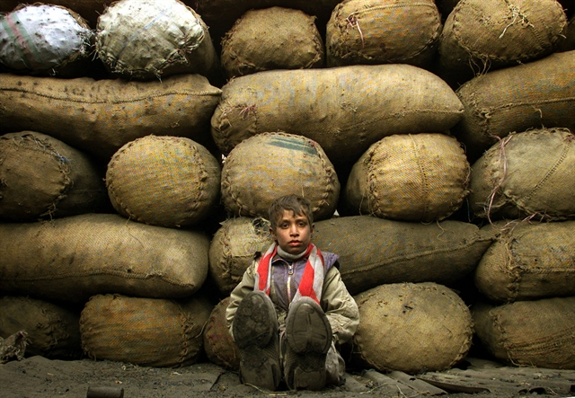 Τα παιδιά της χαμένης αθωότητας | tovima.gr