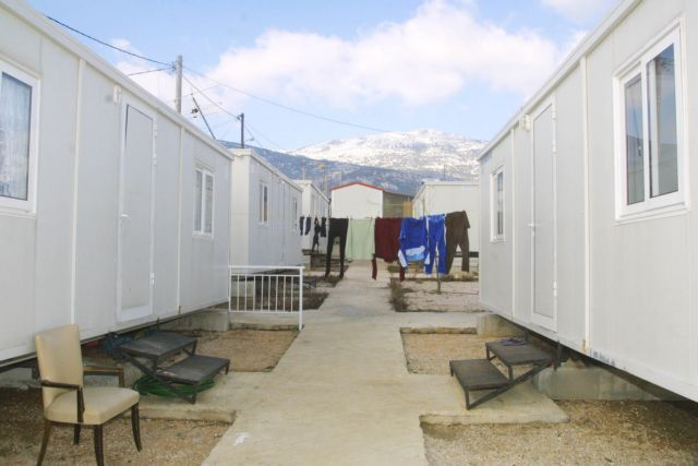 Earthquake victims from 1999 still living in prefab camps | tovima.gr