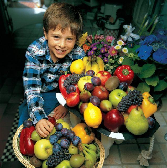 Δημητριακά ολικής άλεσης, φρούτα, λαχανικά και ταχίνι για σωστή διατροφή | tovima.gr