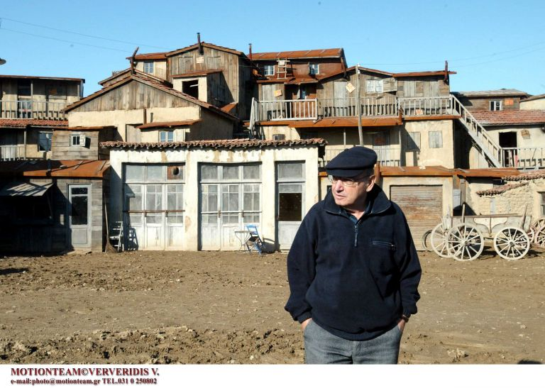 Συγκίνηση και συλλυπητήρια για τον θάνατο του Θ. Αγγελόπουλου | tovima.gr