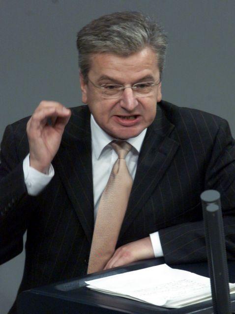 Γιόαχιμ Πος: Μην περιμένετε γρήγορα τα ευρωομόλογα | tovima.gr
