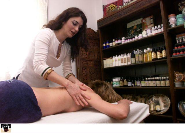 Φυσικοθεραπευτές κινδυνεύουν με κατασχέσεις λόγω οφειλών Δημοσίου | tovima.gr