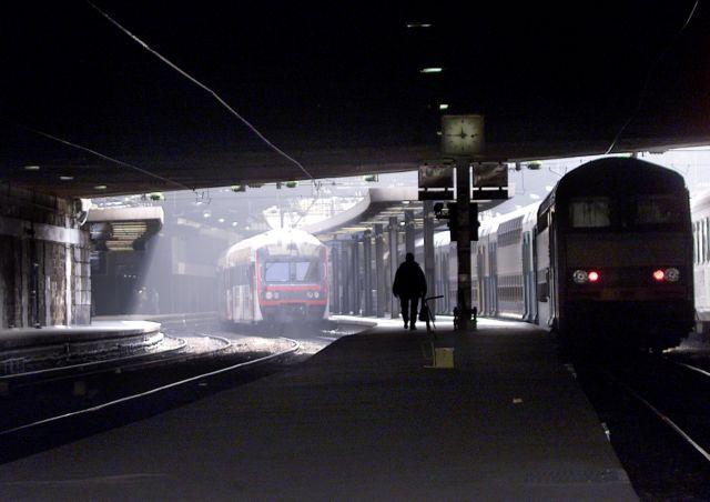 Γαλλία: Εκγρίθηκε η μεταρρύθμιση των σιδηροδρόμων | tovima.gr