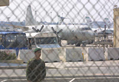 Επίθεση στον Καντάφι μέσω Σούδας | tovima.gr