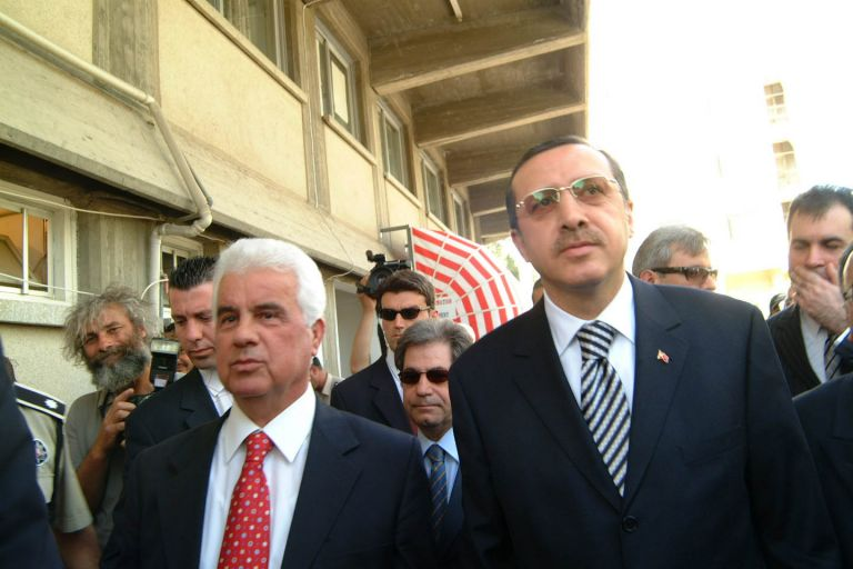 Έρευνες για υδρογονάνθρακες πέριξ της Κύπρου προανήγγειλε ο Ερογλου | tovima.gr