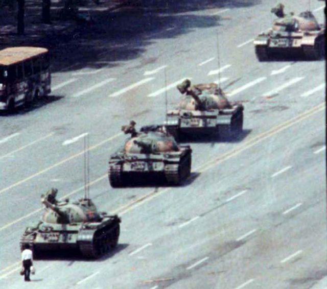 Κίνα: «Κάντε λεφτά, όχι πολιτική»   tovima.gr