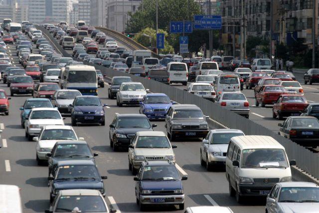 Ο Τραμπ ζητά ανταλλάγματα για άρση δασμών στα αυτοκίνητα   tovima.gr