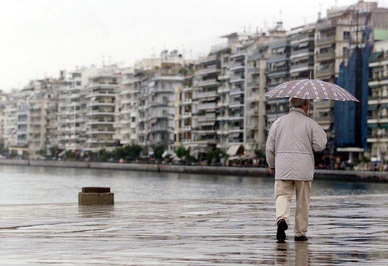 Θεσσαλονίκη: Προβλήματα στην ηλεκτροδότηση μετά τη βροχόπτωση | tovima.gr