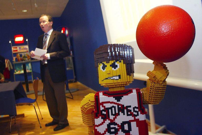 Τα πρόσωπα των Lego γίνονται όλο και πιο θυμωμένα | tovima.gr