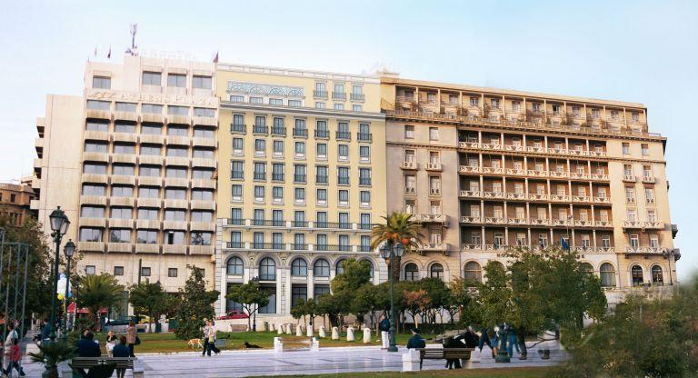 Ενας επιχειρηματικός όμιλος «ελέγχει» την πλατεία Συντάγματος | tovima.gr