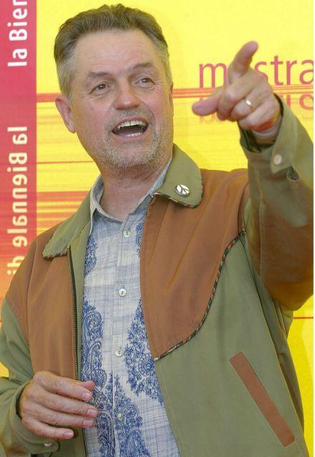Πέθανε ο σκηνοθέτης της «Σιωπής των Αμνών», Τζόναθαν Ντέμι | tovima.gr