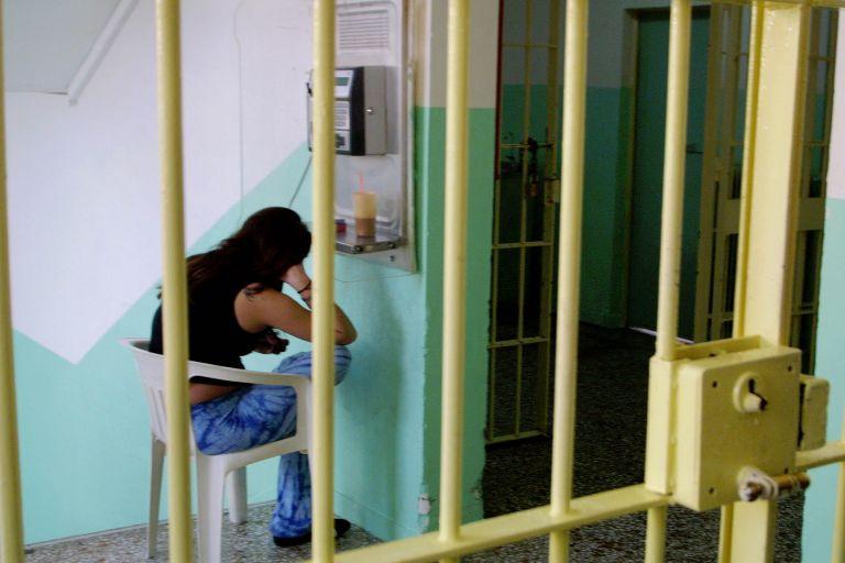 Αντίποινα καταγγέλλουν οι κρατούμενοι σε φυλακές της Ευρώπης | tovima.gr