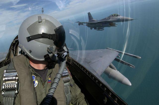 Τελειώνει ο χρόνος για τη συμφωνία με τα  F-16 | tovima.gr