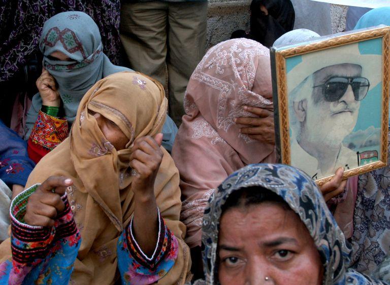 Πακιστάν: 25χρονη λιθοβολήθηκε μέχρι θανάτου | tovima.gr