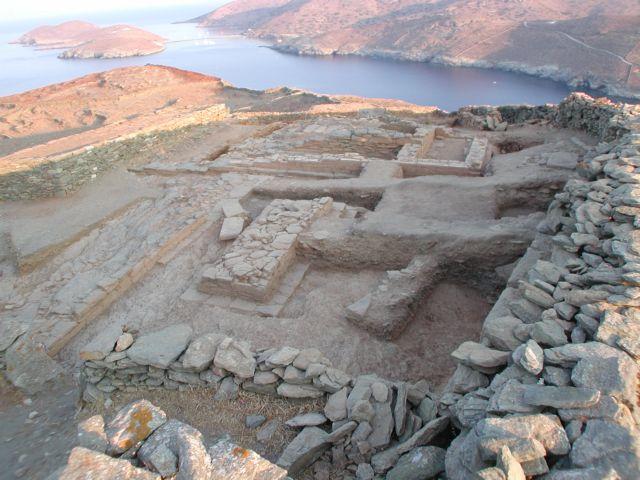Kythnos: Priceless archeological treasures remain in storage   tovima.gr