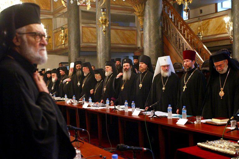 Κύριλλος προς Βαρθολομαίο: «Πρώτα πώς θα καθίσουμε και μετά η Σύνοδος»   tovima.gr
