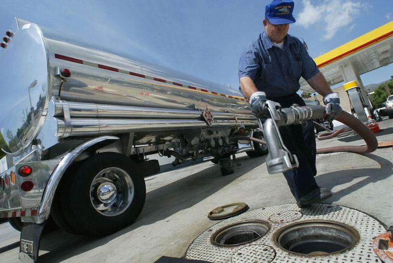 Νοθευμένο το ένα τρίτο των δειγμάτων πετρελαίου κίνησης το 2010 | tovima.gr