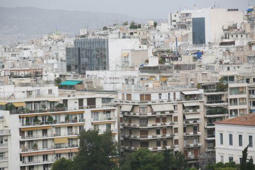 Παράταση έως τον Ιούνιο για τους ημιυπαίθριους | tovima.gr