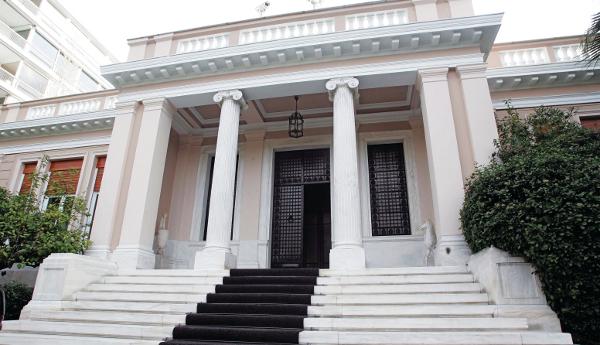 Κυβέρνηση: Να σταματήσει την διχαστική τακτική ο Τσίπρας | tovima.gr